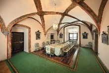 The dining room is equipped with a mobiliary originally used in the Jemčina castle (route A, C)., photo by: Archiv Vydavatelství MCU s.r.o.